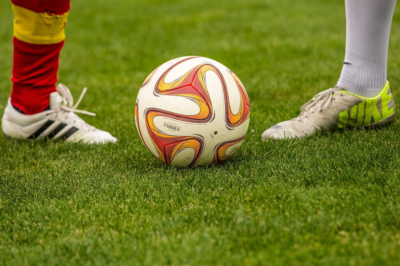 soccer kick off dual
